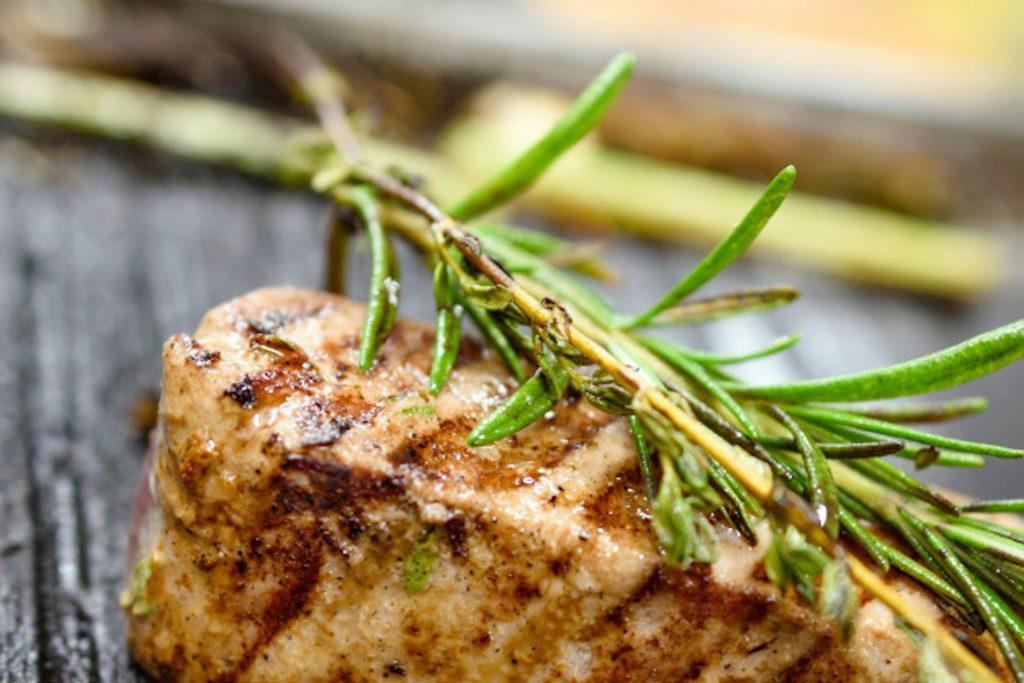 Grillen tuna steak